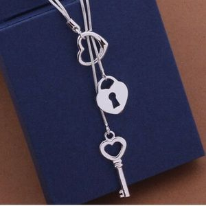 New 925 sterling silver Cute Key pendant Necklace